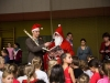 Weihnachtsmann und Gehilfe