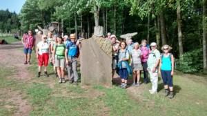 TVL-WanderInnen am Gimbelhof im Elsass