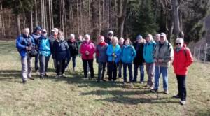 TVL-WanderInnen vor Litzelbach